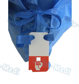 Blue Disposable Surgical Gown , SMS Surgeon Gown With Hand Towels