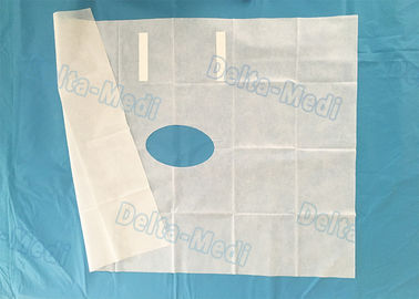 White Fenestrated Disposable Surgical Drapes Waterproof Sterile For Hospital Patient NWP Drape
