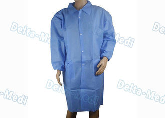 China SMS Blue Disposable Visitor Coats , Anti Static Disposable Lab Gown With Knit Collar / Turn Down Collar supplier